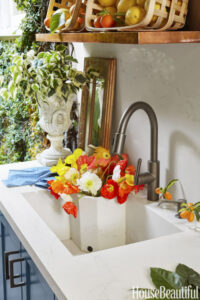 Attractive The Bonus Compartment In The Sink Can Serve As A Vase For Flowers Or Can  Double As An Ice Bucket To Keep Adult Beverages Cold!